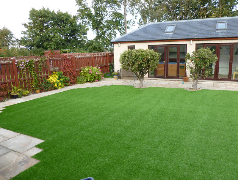 artificial grass supplier edinburgh
