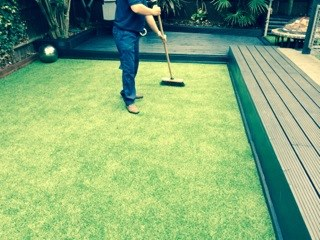 A Guide To Cleaning Artificial Grass