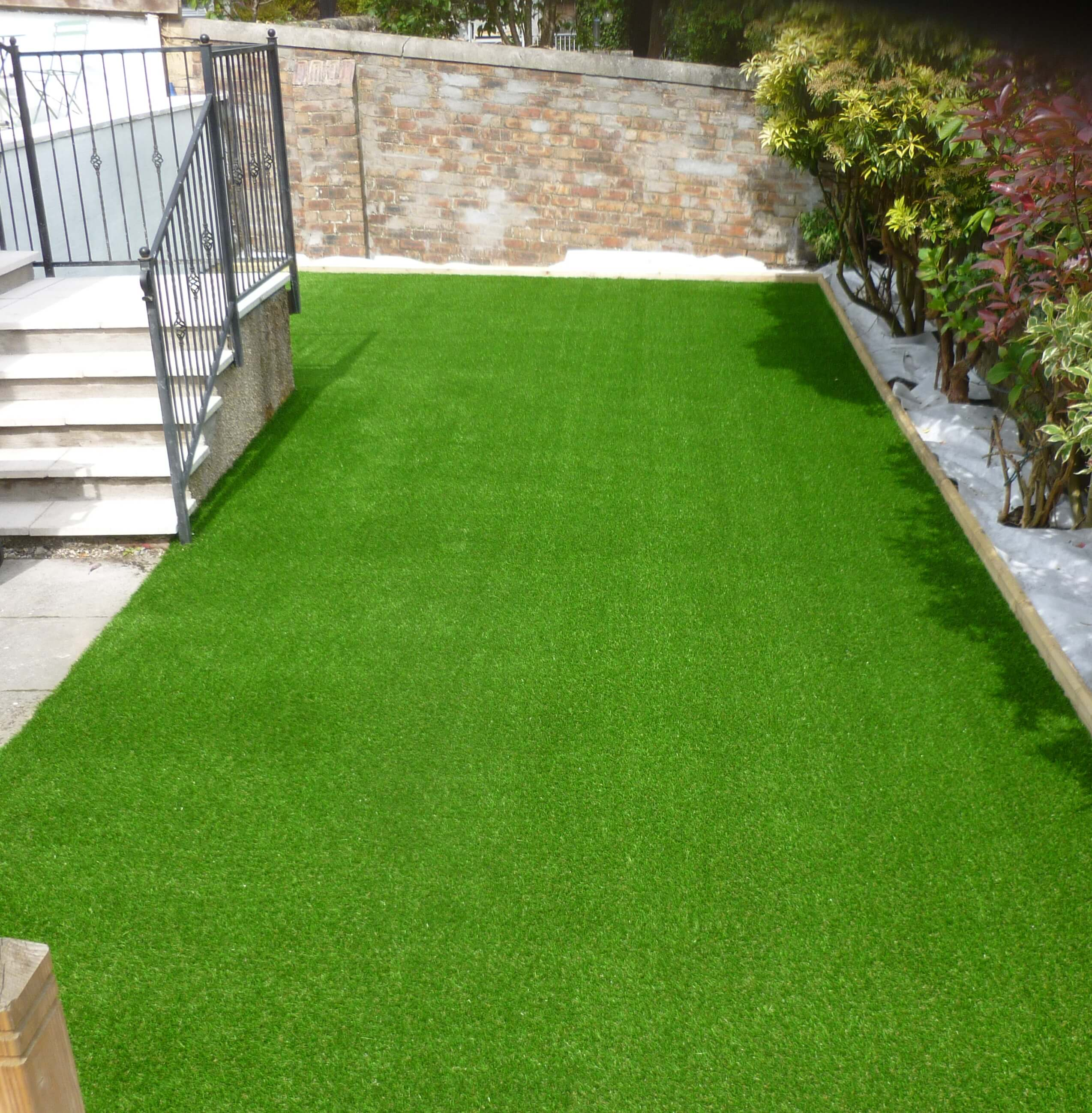Benefits Of Installing Artificial Turf In Your Office
